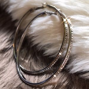 Jewelry - 🆕 Sparkle Crystal stone Silver Hoop Earrings